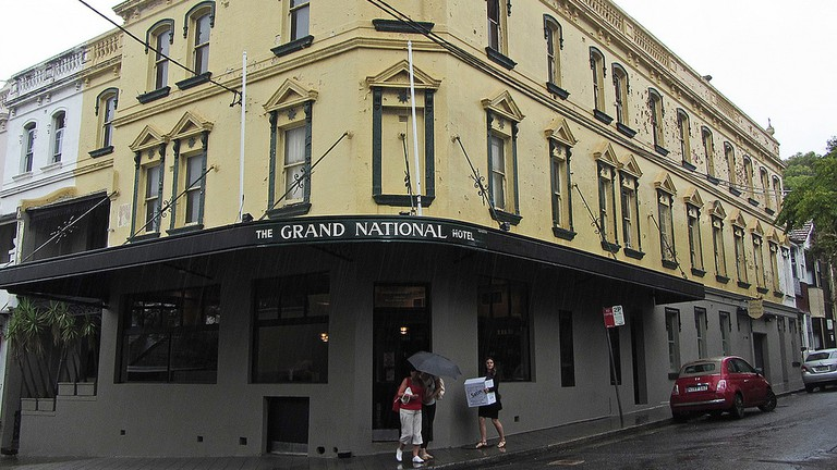 The Grand National Hotel exterior © Newtown graffiti / Flickr