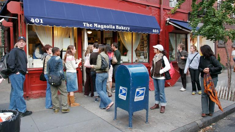 Queues form outside Magnolia Bakery