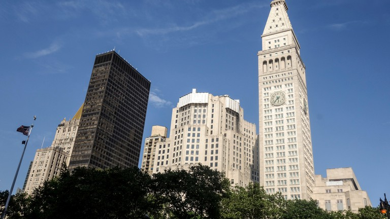 Seagram Building against Manhattan skyline.