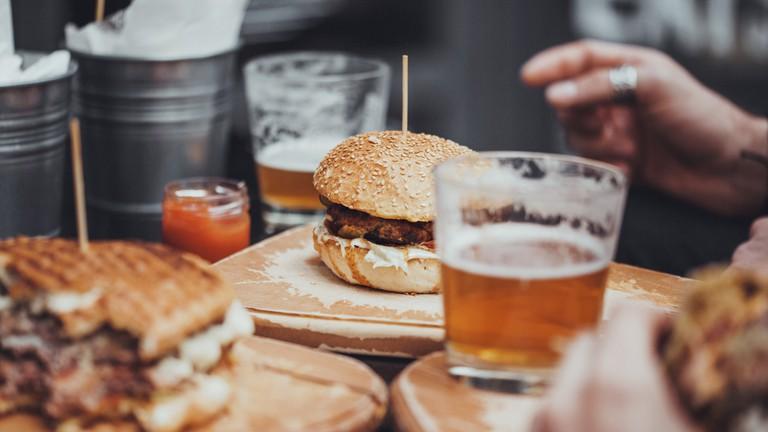 Burger & Beer at The Vintage