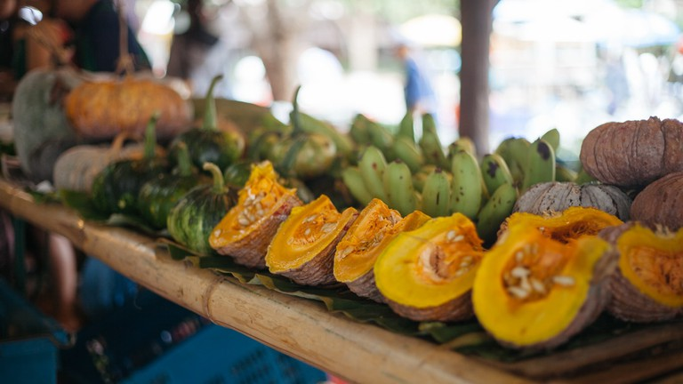 RAW 012-EMIDI- JJ Market, Chiang Mai, Thailand