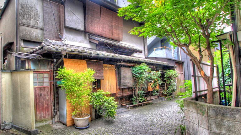 An old-fashioned street at the up-and-coming Kagurazaka neighborhood | © Kabacchi/WikiCommons