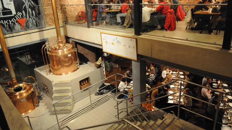 't Pahuis opened up its brewing process for the world to see when they placed their shiny copper vats in the middle of a grand industrial bar
