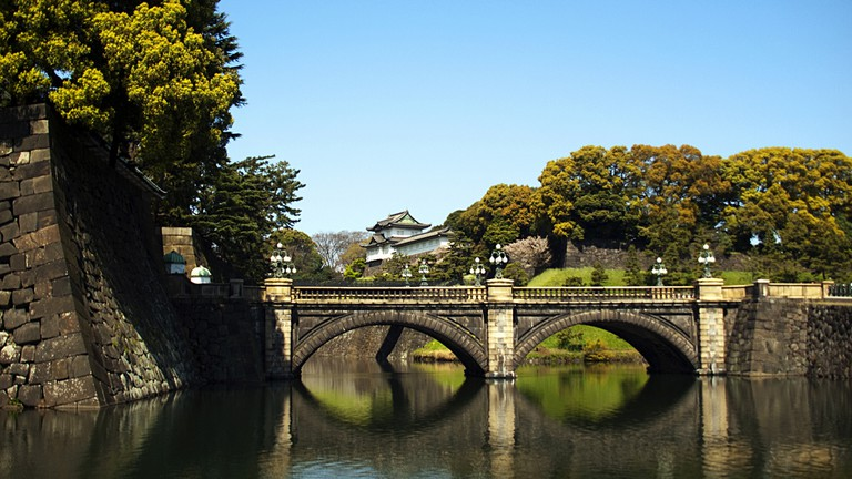 Bridge over the moat of the Imperial Palace in Tokyo