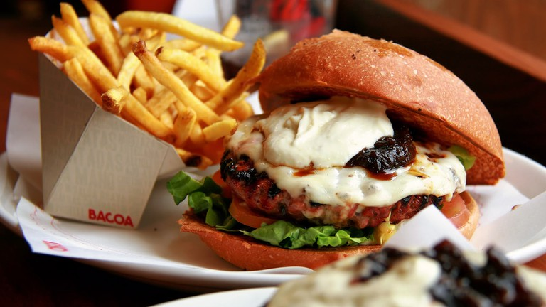 A burger at Bacoa