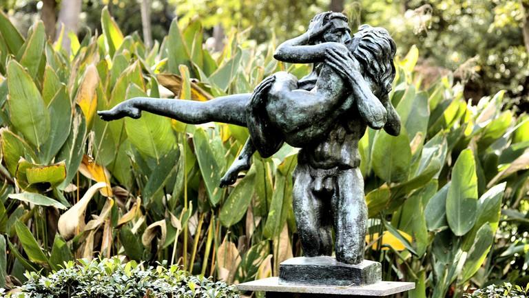 The Kiss by Charles Umlauf at the Umlauf Sculpture Garden