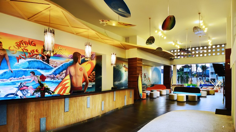Bliss Surfer Hotel Lobby