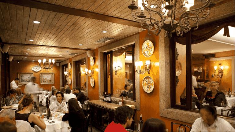 The traditional setting of Artigiano Ristorante