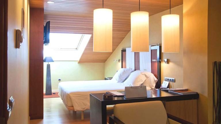 Fruela Hoteles, Oviedo