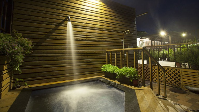 The rooftop plunge pool at Li-Shuian International Hotel