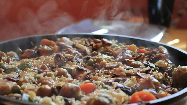A humble paella CC0