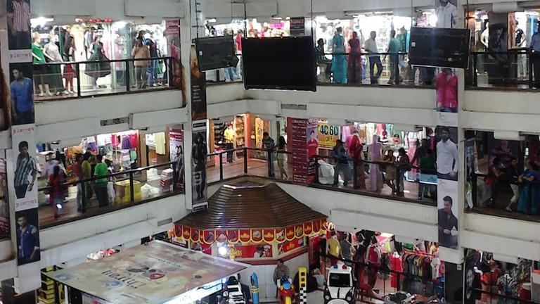 Shreeram_Arcade_-_Kolkata_2012-05-15_01129