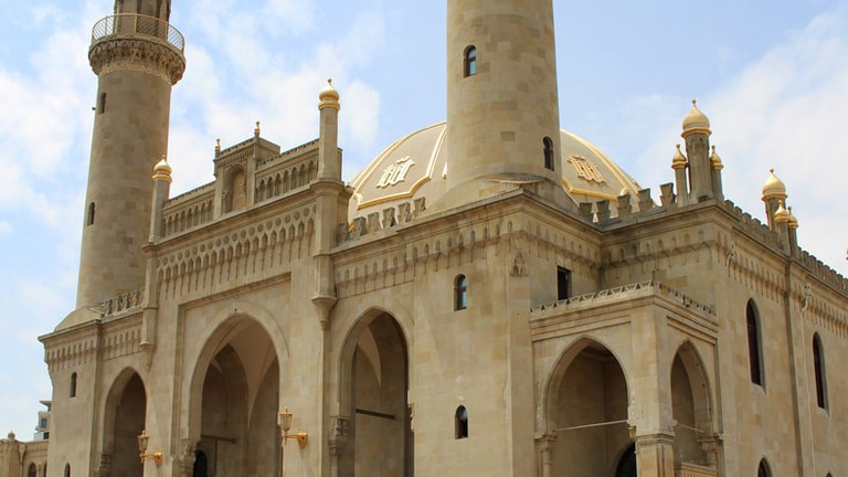 Ancient Teze Pir Mosque