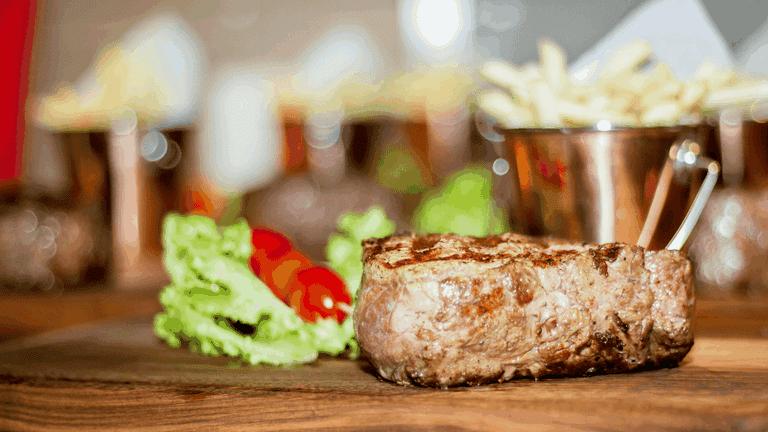 Steakhouses_Hinterland-min