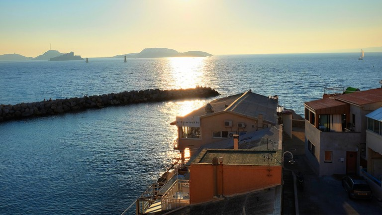 L'Epuisette couldn't be in a more romantic location in Marseille | © Min Zhou / Flickr