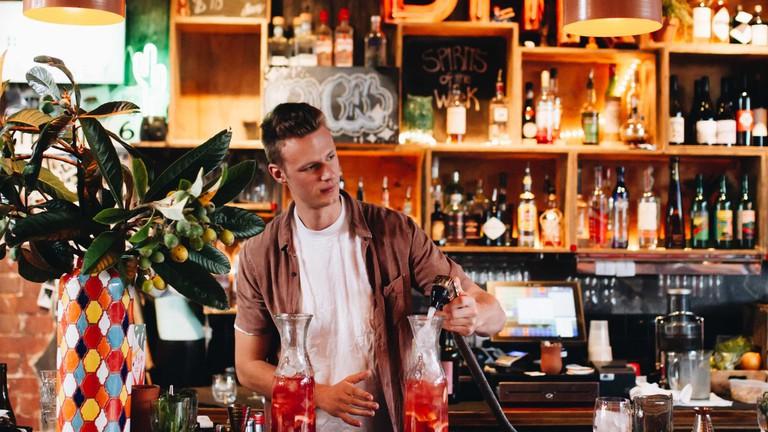 SoCal bar