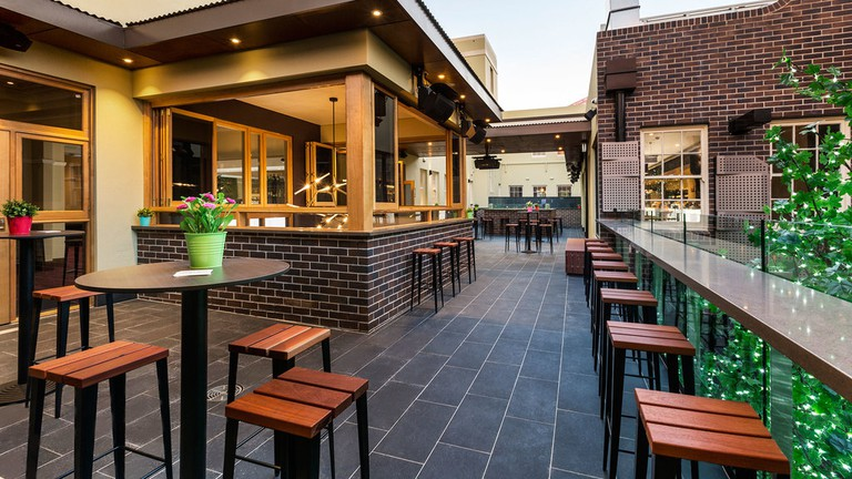 Crows Nest Hotel beer garden