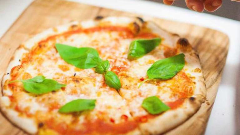 Il Buco pizzas