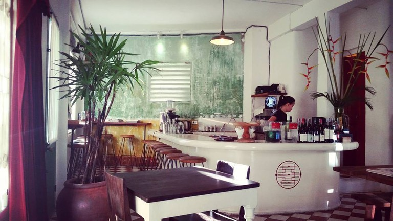 The_Old_Compass_Cafe_HCMC