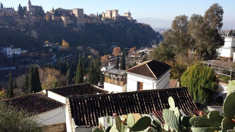 The rooftops of Albaicín, with the Alhambra in the background