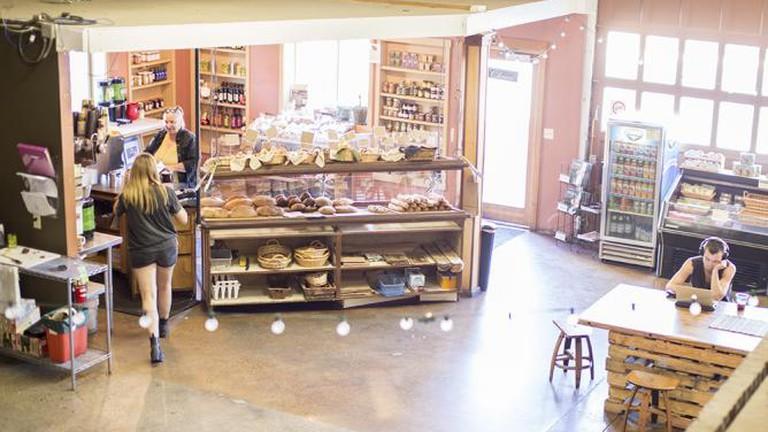 Le Petit Outre Bakery