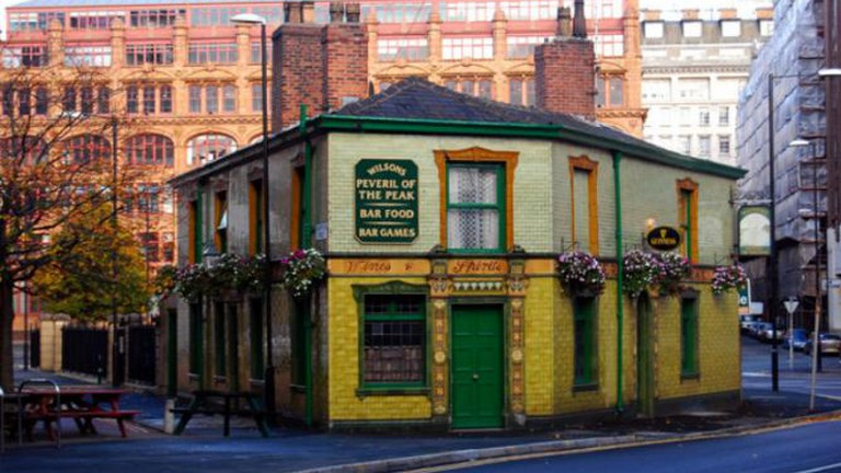 The 10 Most Historic Pubs In Manchester, England
