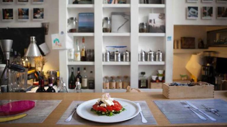 Brac Interior and Dish