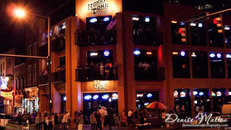 Ms. Kelli's Karaoke Bar, Nashville