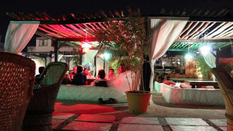 Koyla, rooftop restaurant and sheesha bar in the tourist area of Colaba, Mumbai