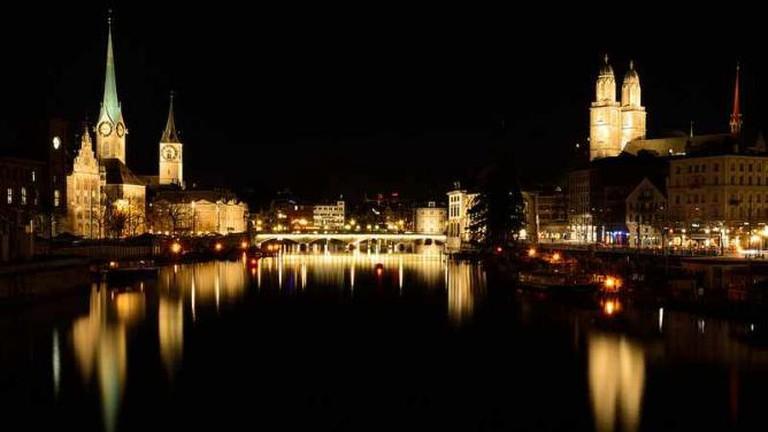Zürich by night