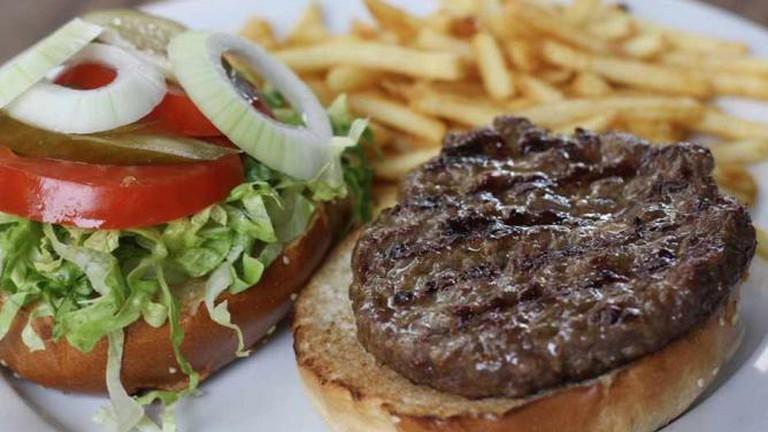 Agadir's 250g Burger and fries