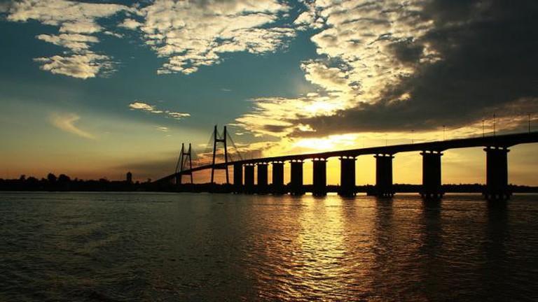 The Paraná river and Victoria bridge, Rosario