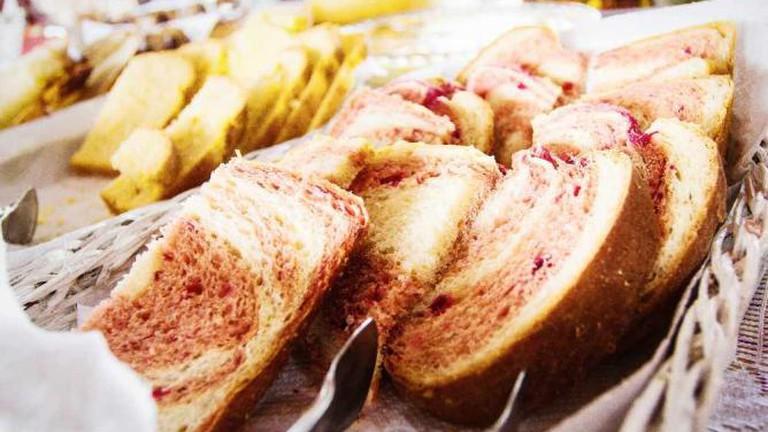 Pastries Café Colonial