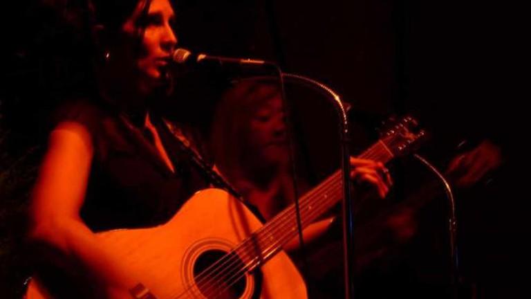 Live music at Paragon Bar
