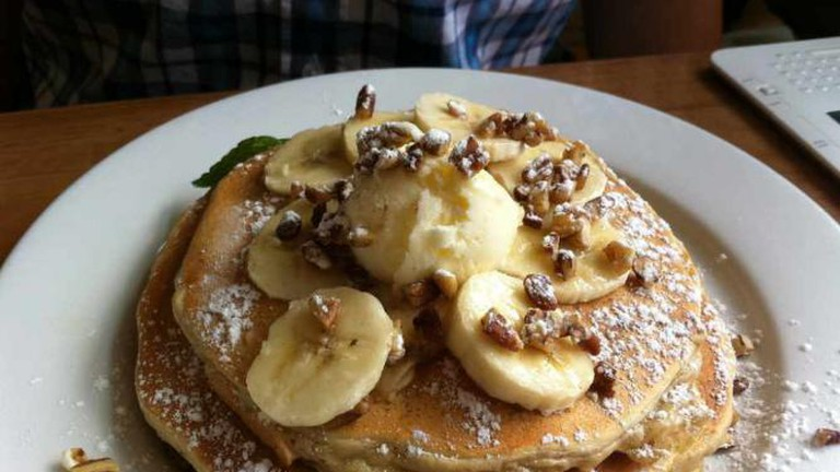 Banana & Pecan Pancakes