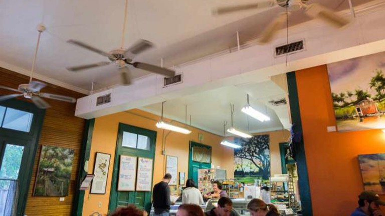 New Orleans Cake Cafe & Bakery