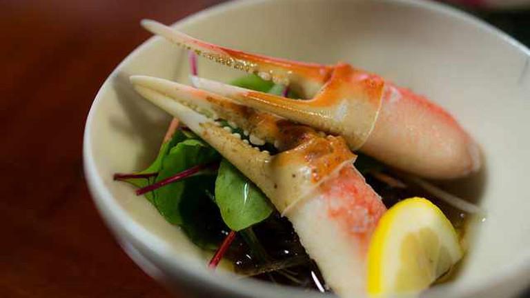 A dish of crab
