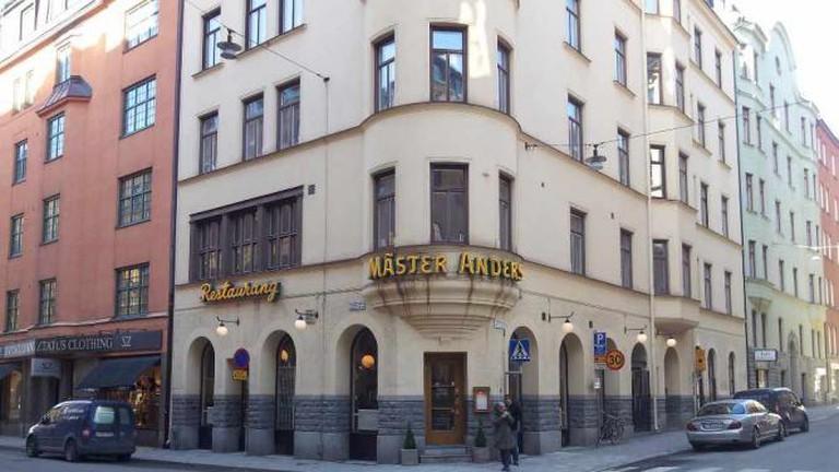 Exterior of Mäster Anders
