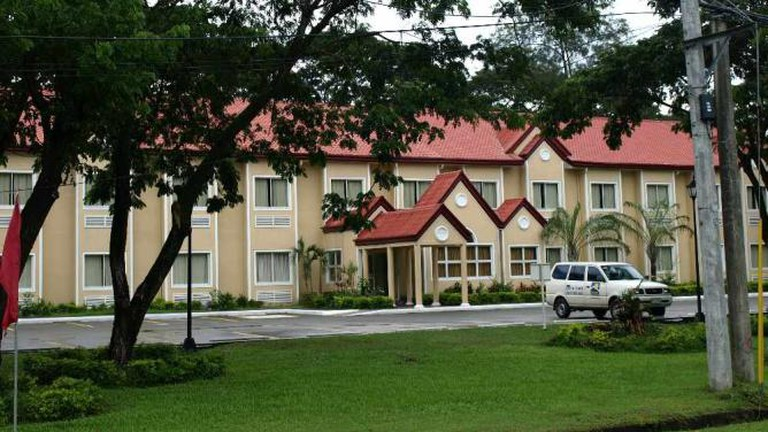 Microtel Inn & Suites, Tarlac, Philippines