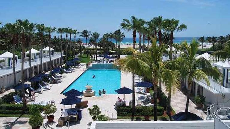 Surfcomber Hotel Pool
