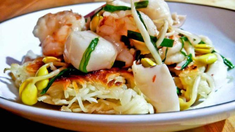 Cantonese-style seafood
