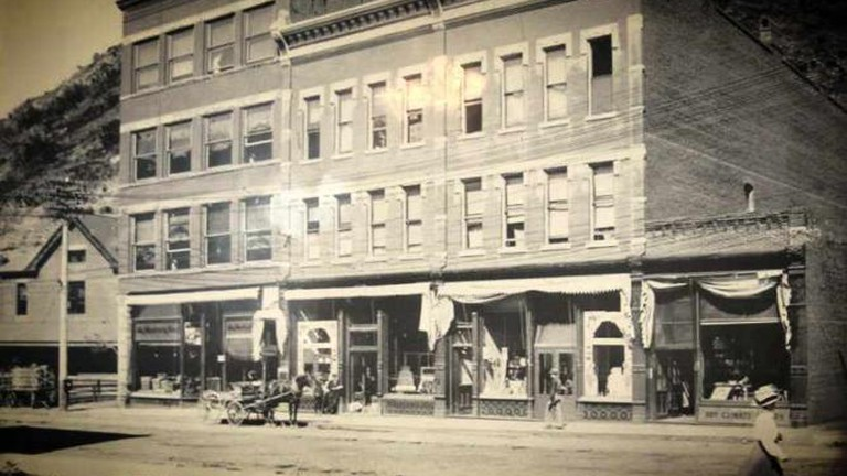 Gem Steakhouse & Saloon, Deadwood