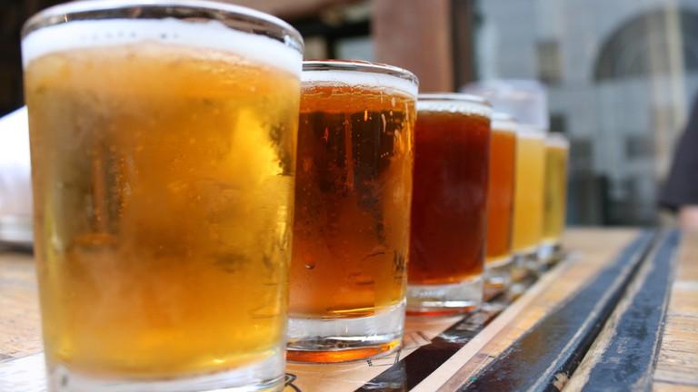 Brewskis Beer Bar Miami, Sunset Drive