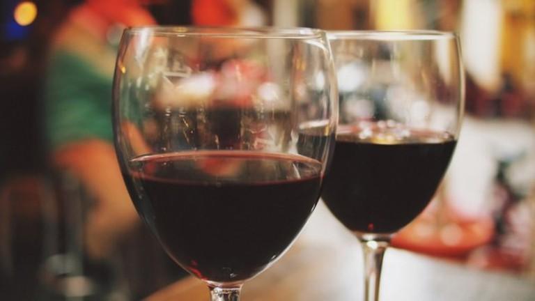 Red Wine, Glasses