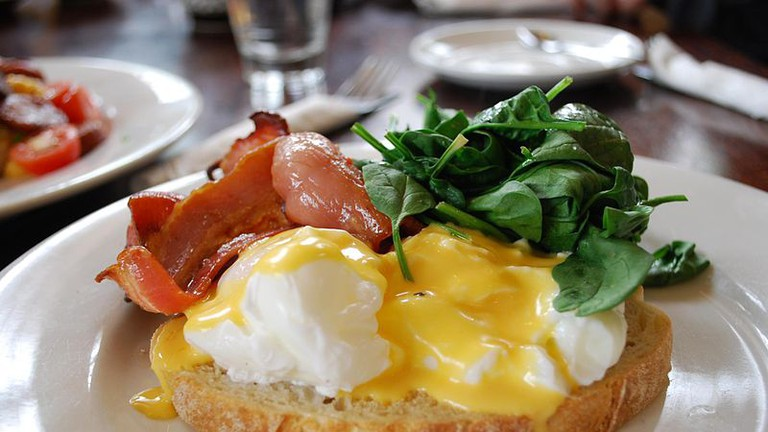 Eggs Benedict with Bacon