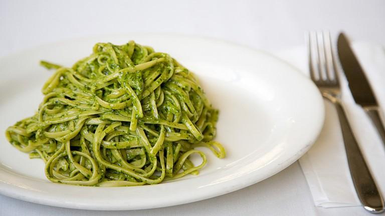 Linguine con Pesto