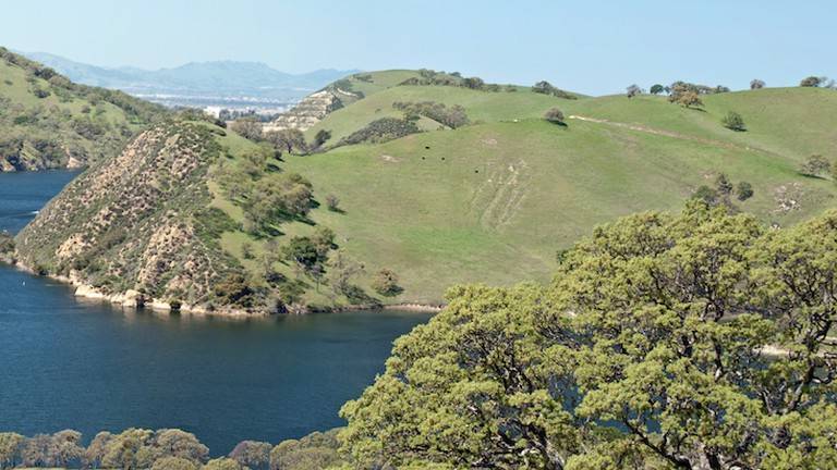 A panorama of Del Valle Regional Park