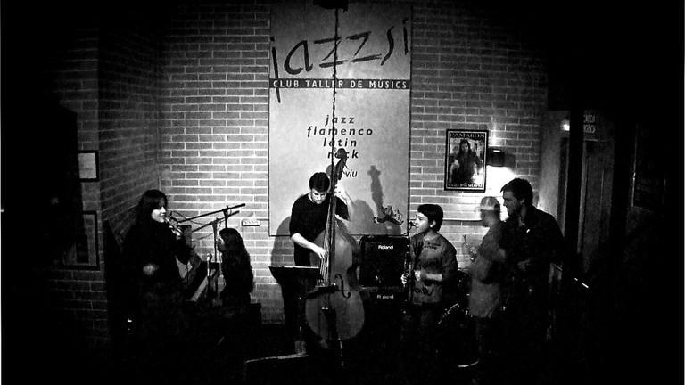 Live music at JazzSí © Mr. Theklan
