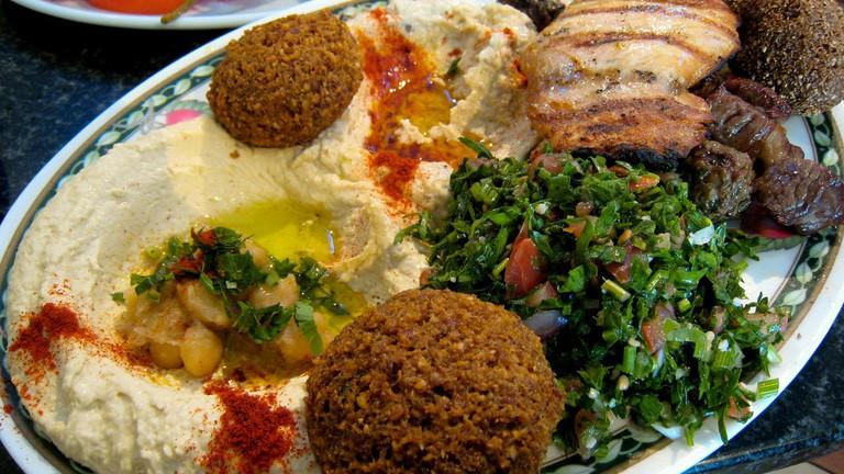 Mixed Turkish falafel plate