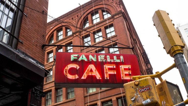 Head to Fanelli Cafe for bar snacks: crisp onion rings, buffalo chicken wings, and jalapeño poppers